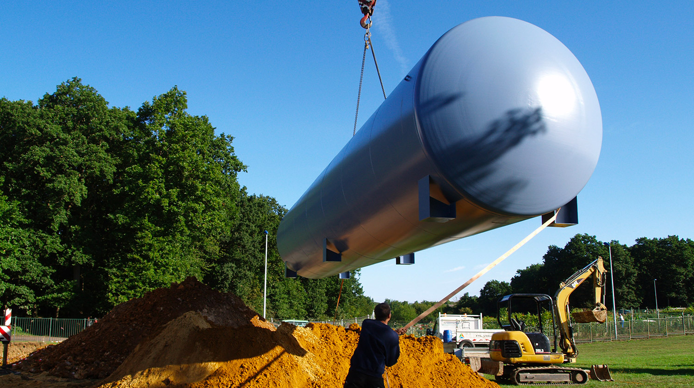 Installation d'une cuve en acier par ESA-Evolutions