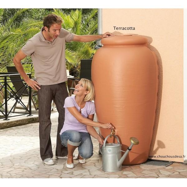 Réservoir Amphore mural 350L Garantia avec collecteur et robinet