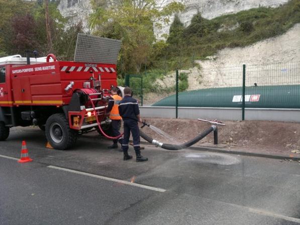 Citerne souple reserve incendie avec sortie enterrée coudée Labaronne Citaf
